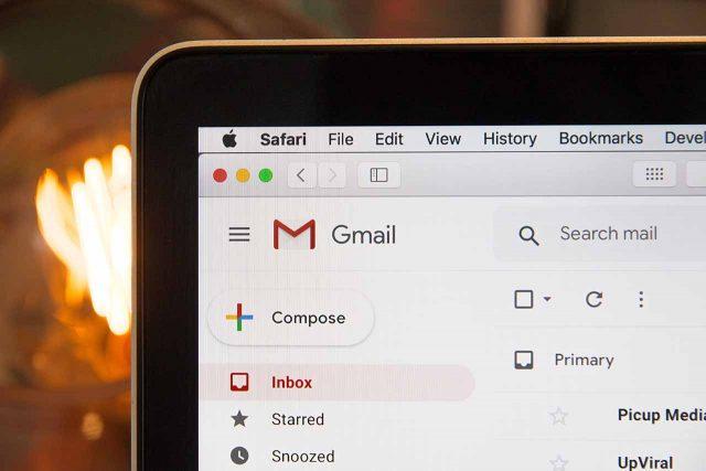 Gmailでメールを探す